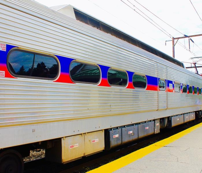 Train regional