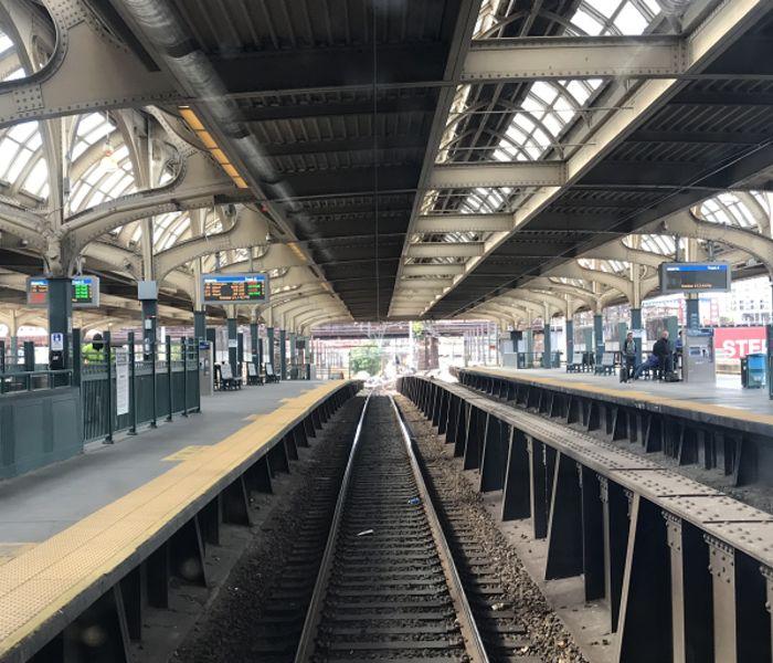 30th street train rail track tw